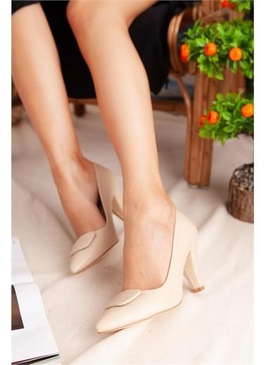 Limoya  Ten Tokalı Kısa Topuklu Stiletto Ten